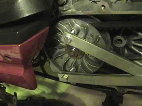 Seal Cvt Mio changing the cvt belt and roller replacement on a sym