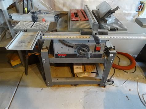 K Amp C Auctions Rosemount Woodworking Equipment In
