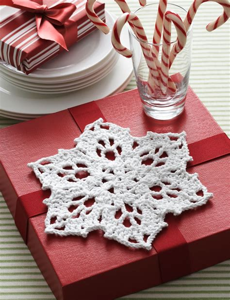 pattern for snowflake dishcloth how to crochet snowflake patterns 33 amazing diy