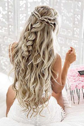 hairstyles for open curly hair 25 best ideas about long prom hair on pinterest hair