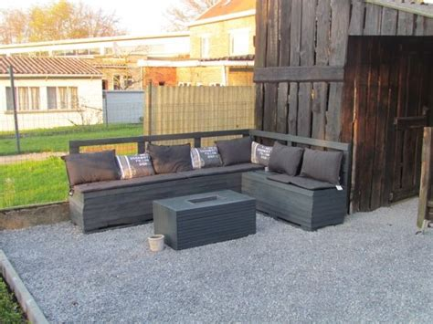 garden sofa from pallets pallet garden sofa pallets pinterest