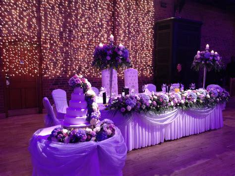 groom chairs wedding lounge
