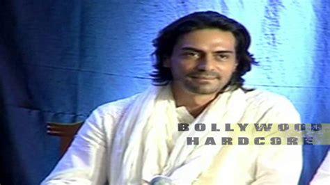 first look ranbir kapoor at roy sets filmibeat roy movie first look out ranbir kapoor arjun ral