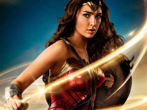 first 'wonder woman' reviews are in and it apparently