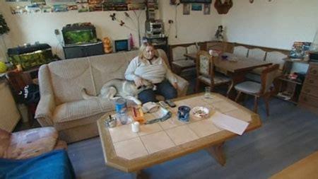 Hartz 4 Wohnzimmer by Deutsches Fliesentischmuseum Kessel Tv