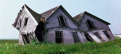 buy a fixer upper house things to consider when buying a fixer upper canadian mortgages inc