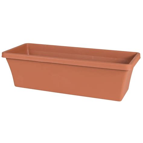 Lucca 18 In Round Terra Cotta Plastic Planter 6 Pack Plastic Planter Boxes