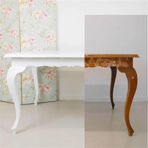 transformar una mesa antigua pintando en blanco