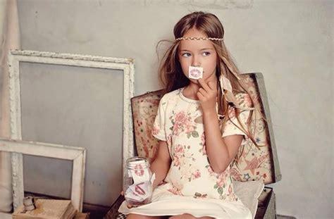 pimpandhost sm considerada a mais bonita do mundo menina de 8 anos