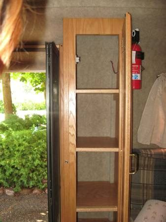 sold 2008 13' scamp deluxe trailer w/ bathroom $11500