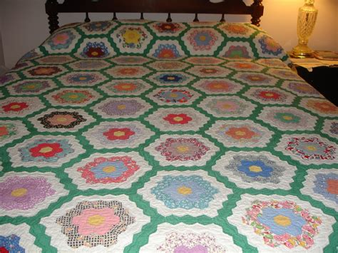vintage grandmother s flower garden quilt quilts quilts