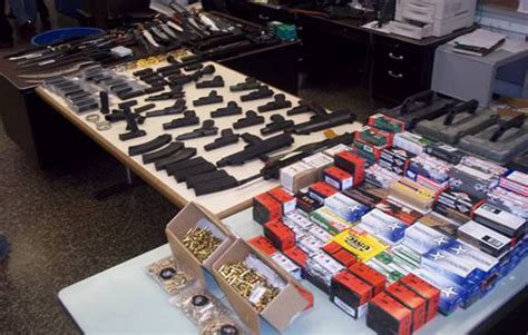 arsenal of weapons queens man busted with arsenal of weapons the forum