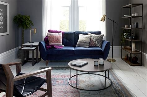Colour Schemes and Ideas to Go With Your Blue Sofa