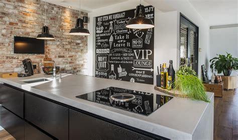 houten keuken met zwart blad moderne keukens van diessen keukens veldhoven