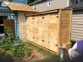 pallet wood tool shed pallet ideas 1001 pallets