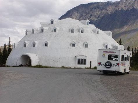 igloo house the 25 best igloo house ideas on pinterest northern