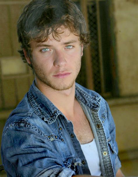 who is the actor playing peter pan in commerical for geico simply irresistible men jeremy robert myron sumpter