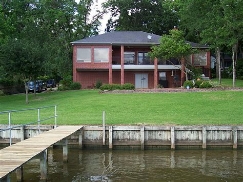 waterfront homes for sale on lake norman