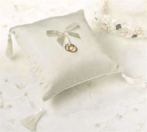 How To Make A Ring Pillow For A Wedding by Ring Pillow Decorative Adjustable Faux Wedding Rings 1 77