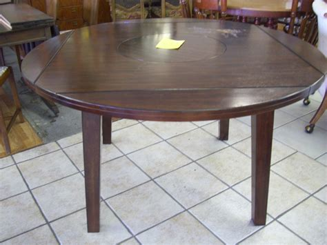round kitchen tables round kitchen table with leaf t 22176 ashley dropleaf