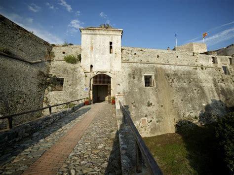 finale ligure ufficio turismo fortezza di castelfranco sito turistico ufficiale unione