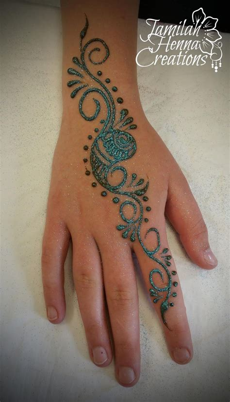 glitter henna tattoo 25 best ideas about glitter henna on henna