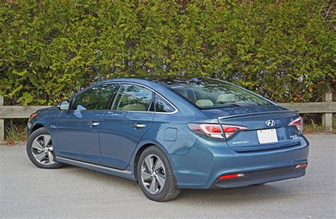 Hyundai Sonata Hybrid Limited by 2016 Hyundai Sonata Hybrid Limited Road Test Review