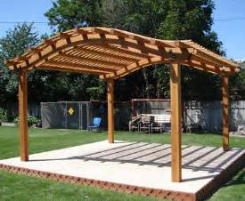 How To Build A Pergola With Roof by Curved Pergola Roof Picture Pergola Diy