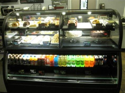 Cakes Pastries Display In Coffee Shop Picture Of Harrah Harrahs Kc Buffet