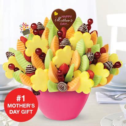 s day edible arrangements edible arrangements 174 fruit baskets s day swizzle