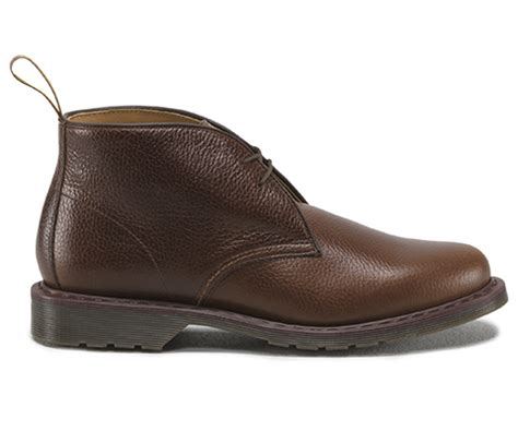 Sepatu Pria Kasual Brown Slip On Shoes P02 sawyer new s boots shoes official dr martens store