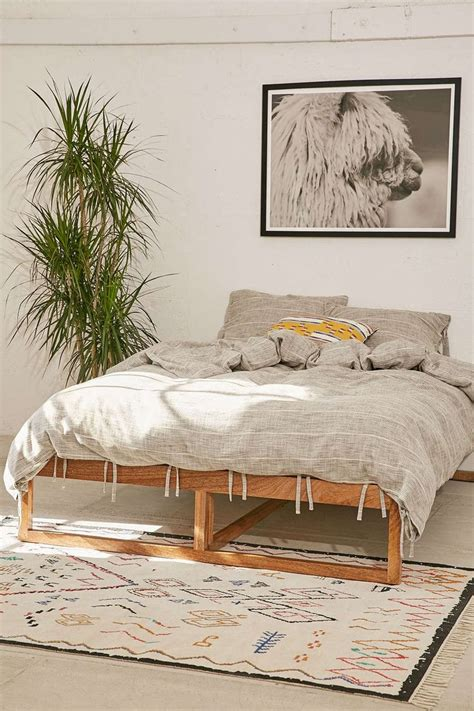 Home Outfitters Headboards by 1000 Ideas About Beautiful Beds On Bed