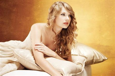 taylor swift in bed famous beauties and notorious beauties page 5