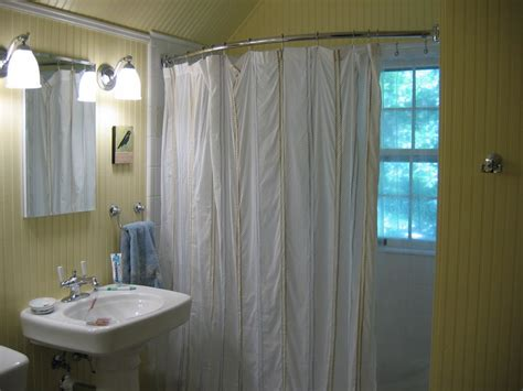 how high curtain rod how high to mount a curved shower rod image bathroom 2017