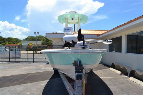 pathfinder boats vero beach used 2015 pathfinder 2400 trs bay boat boat for sale in