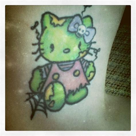 tattoo hello kitty jogja 1000 images about hello kitty tattoos on pinterest