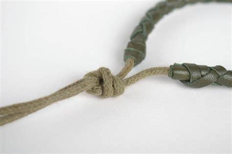 pulseras de cuero para madeheart gt pulsera de cuero artesanal verde estrecha