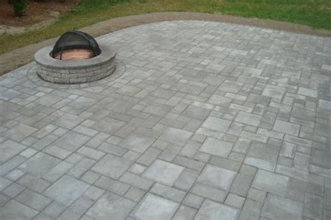 paver patio with pit