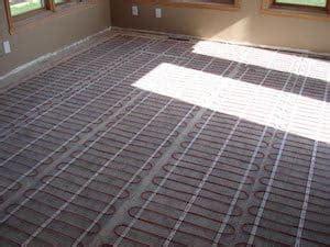 Vloerverwarming Elektrisch Of Water by Warm Water Vloerverwarming Laten Leggen Werking Prijs
