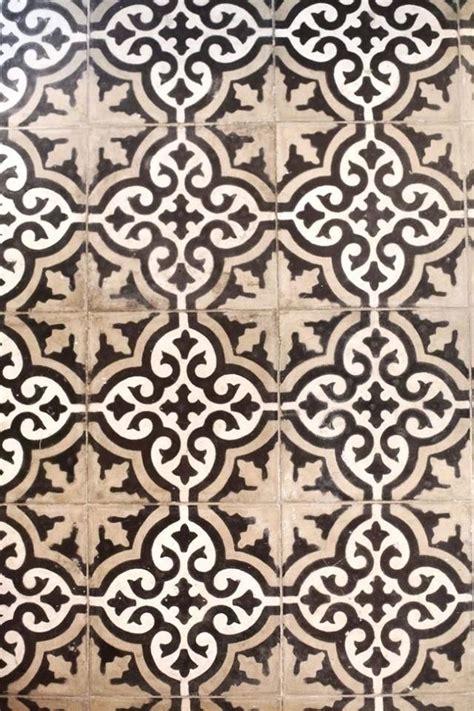 moroccan tile cream  tan  black pattern tile