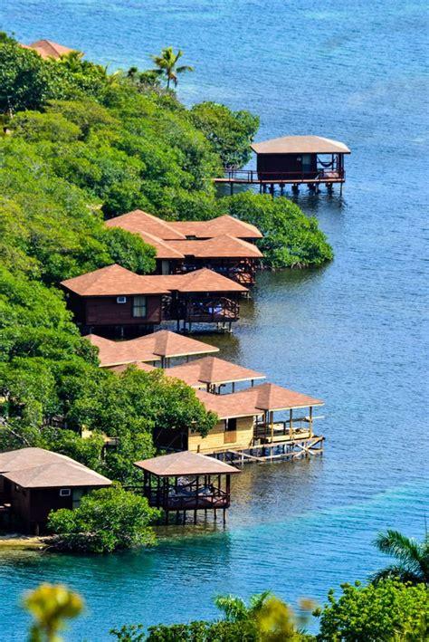 roatan dive resorts 13 best island resort dive and marina