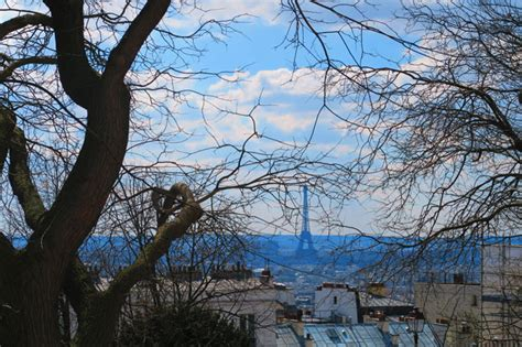 eiffel tower paris in spring find super cheap a romantic day in paris montmartre itinerary
