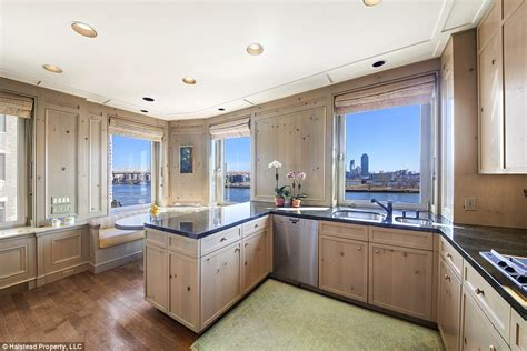 new york wohnung kaufen greta garbo s former nyc apartment on market for 6m