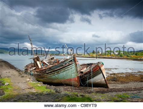 small fishing boats for sale on isle of wight abandoned fishing boats old neglected and decaying at