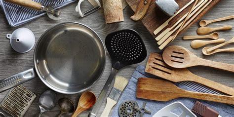 utensili di cucina 10 utensili da cucina devi avere in casa e trovi
