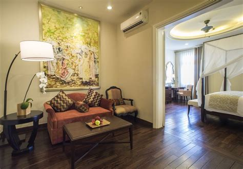 reserve hotel room luxury hotel room with balcony villa song saigon hotel