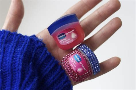 Vaseline Lip Therapy Rosy Pink Vaseline Lip Therapy Rosy Gives A Hint Of Pink But