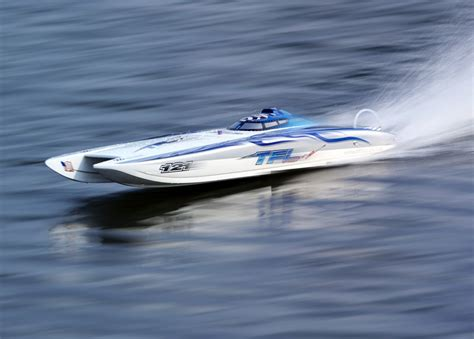 zonda electric boat tfl blue white zonda rc boat twin drive seaking