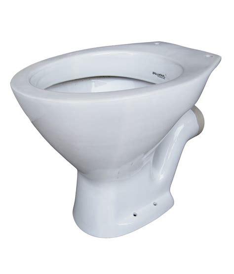 Bathroom Commode Price India by Buy Belmonte Sanitaryware Ewc Toilet Seat P Trap White