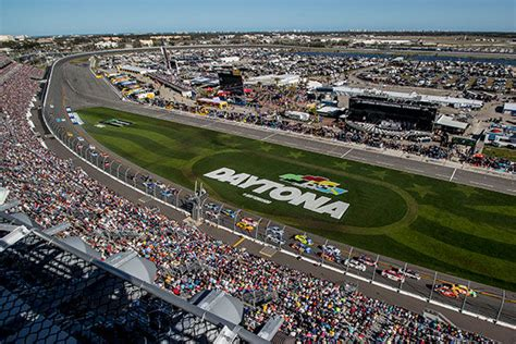 Attendance Daytona 500 by Nascar Mwr Hosts Daytona 500 Viewing At Warrior